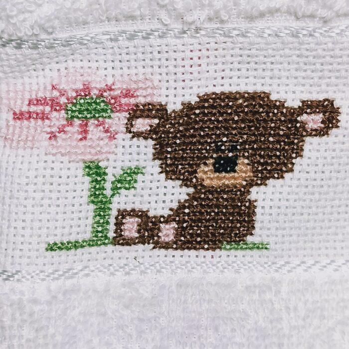 asciugamani orsetto dettaglio