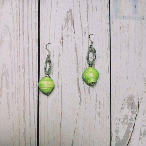 orecchini verde chiaro